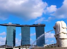 Singapore Merlion Marina Bay Sands Hotel